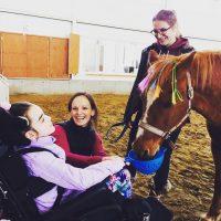 5 raisons justifiant l'efficacité de l'hippothérapie auprès d'enfants présentant une paralysie cérébrale